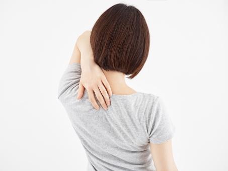 肩・首・背中の痛みの痛みは、ほっておくと痛みが慢性化したり、一度よくなっても繰り返し起きてしまうことがあるので注意が必要です。